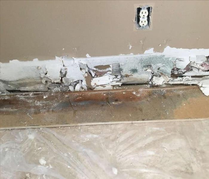 Mold Damage Repair in New London CT Before